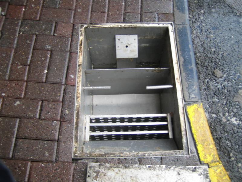 Excel drains sewer cleaning blockages grease trap for Drain de garage installation